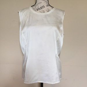 Neiman Marcus 95%silk in off white Sz XL preowned